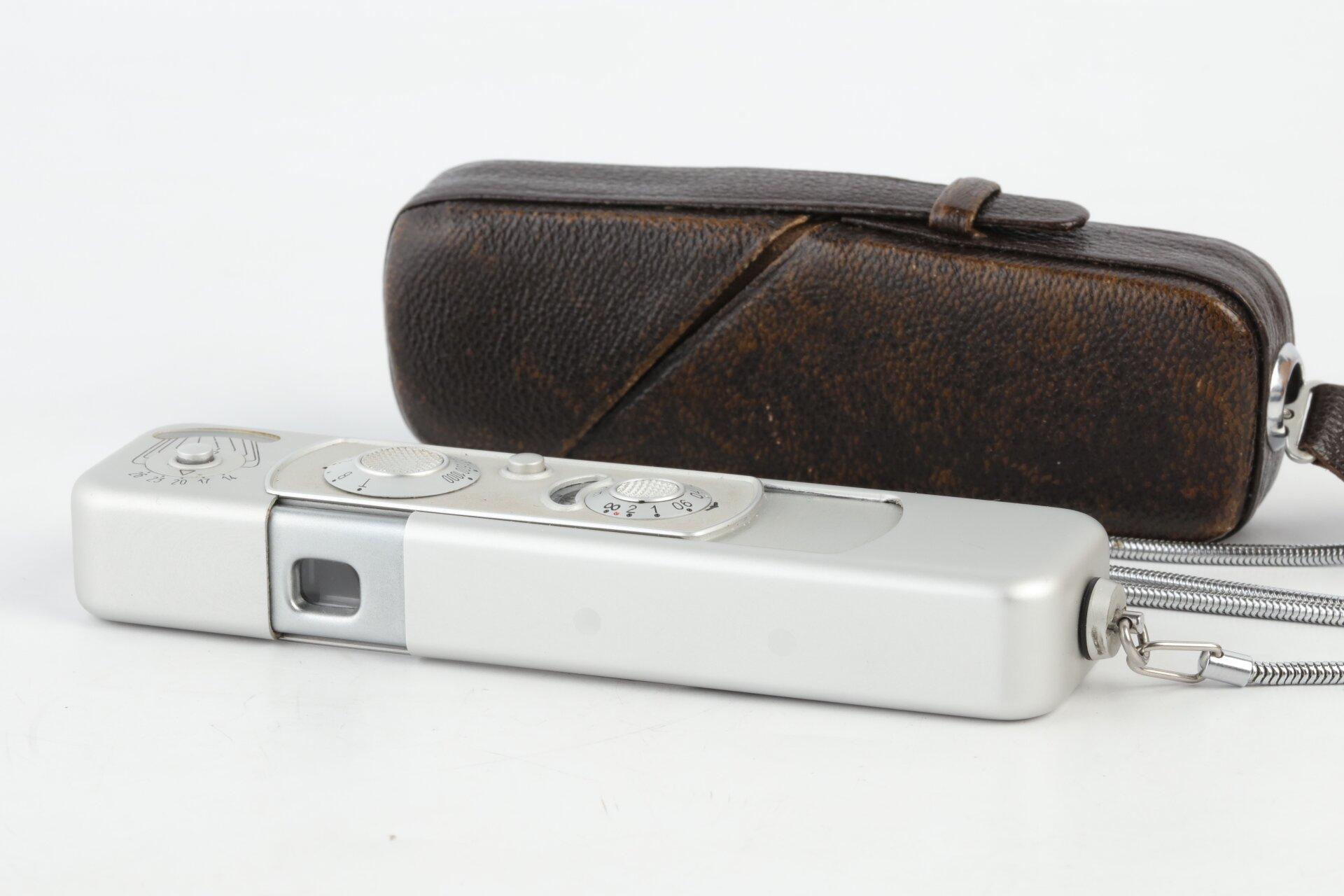 Minox C silber 8x11 Kleinstbildkamera
