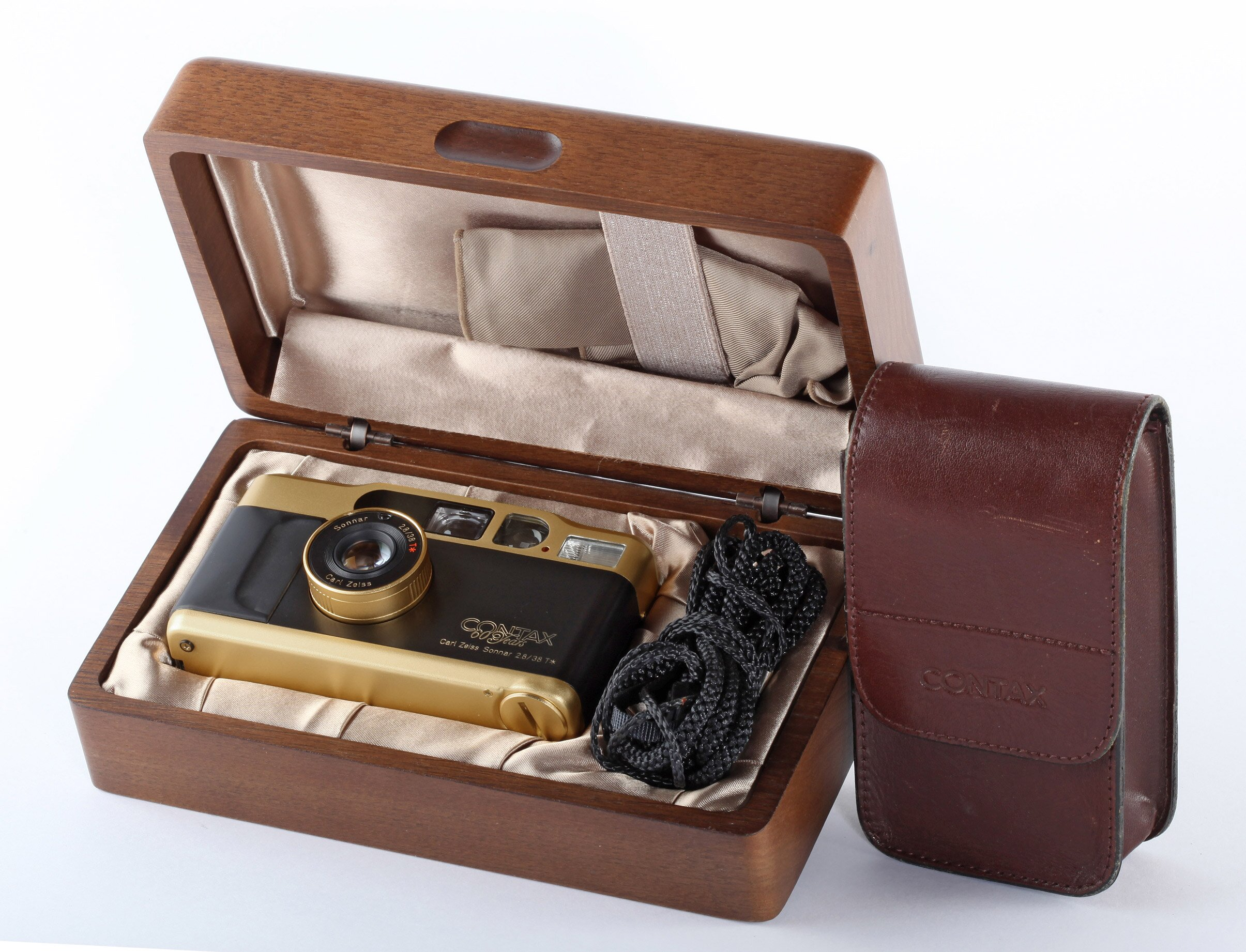 Contax T2 GOLD 60 Years