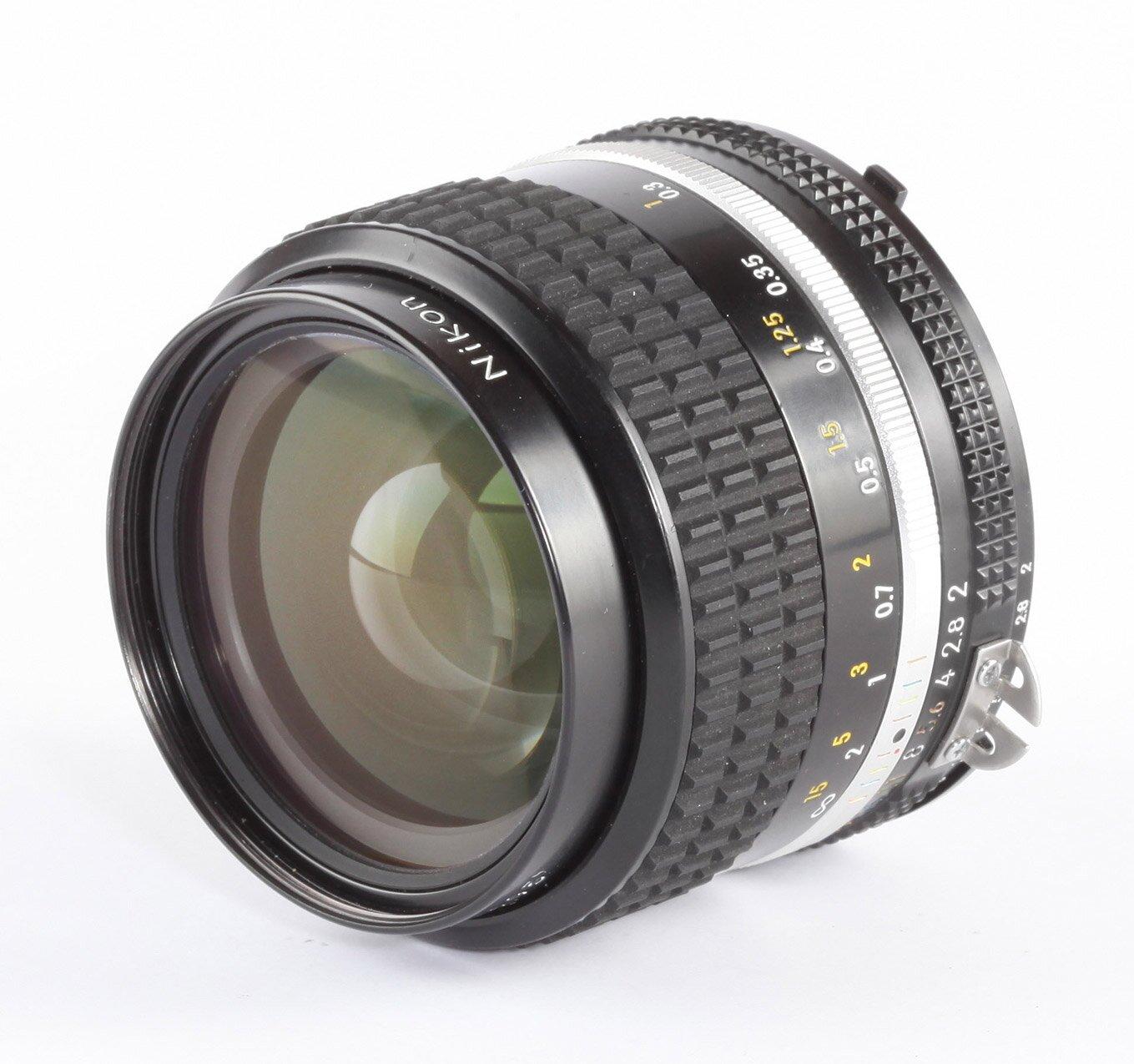 Nikon Nikkor 35mm/2 AiS